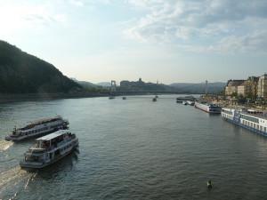 Dunaj lodí